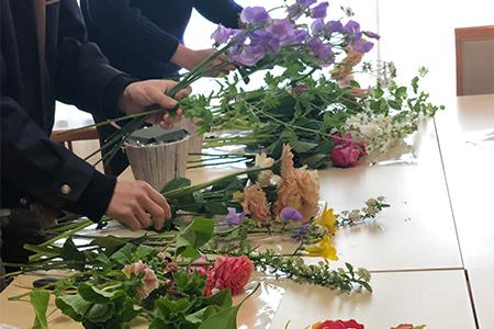 花を自分で選ぶ